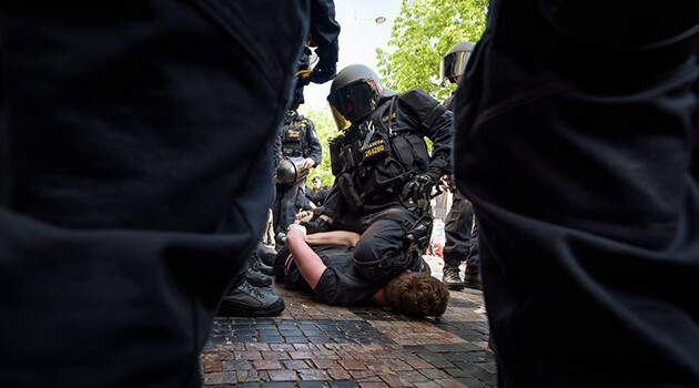 The Czech Police intervened on 25 April 2019 against those counter-protesting the demonstration convened by the