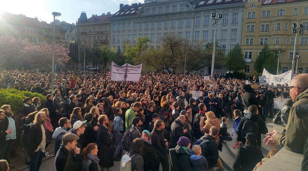 On 25 April 2016, hundreds of people assembled for an anti-racist demonstration responding to the hateful slogans spray-painted by neo-Nazis the day before on several businesses in Prague involved in the so-called HateFree Zone network. (PHOTO:  Yveta Kenety, Romea.cz)
