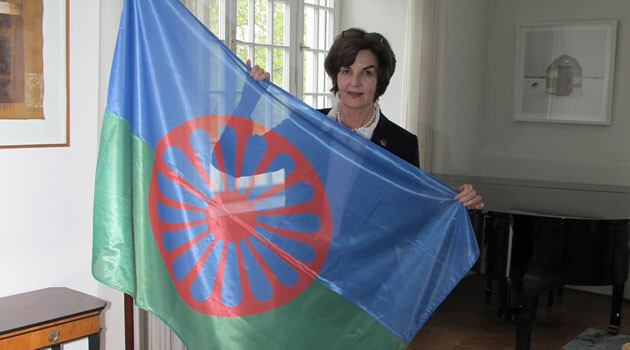 Canadian Ambassador Barbara Richardson flew the Romani flag at the embassy in Prague to mark International Romani Day in 2017. (PHOTO:  Embassy of Canada)
