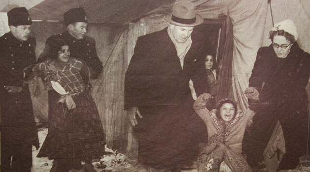Norwegian social workers taking Romani children away from their family. (PHOTO: