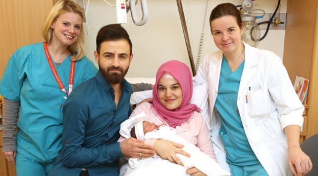 The first newborn of 2018 in Austria has become a target for hate speech. (PHOTO:  heute.at)