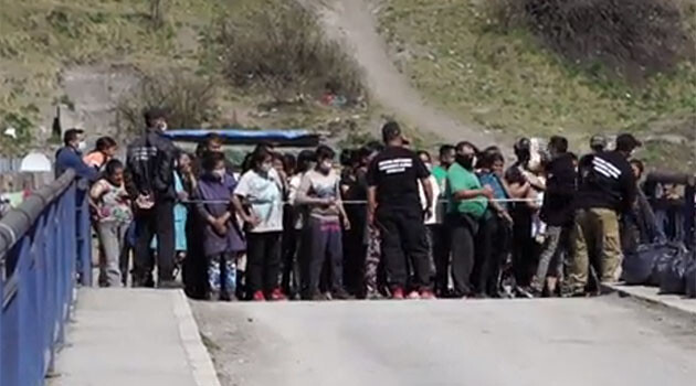 The Government of Slovakia closed and quarantined five localities where about 6 000 Romani people live on 8 April because positive cases of COVID-19 were discovered there. (PHOTO:  TV Markíza)