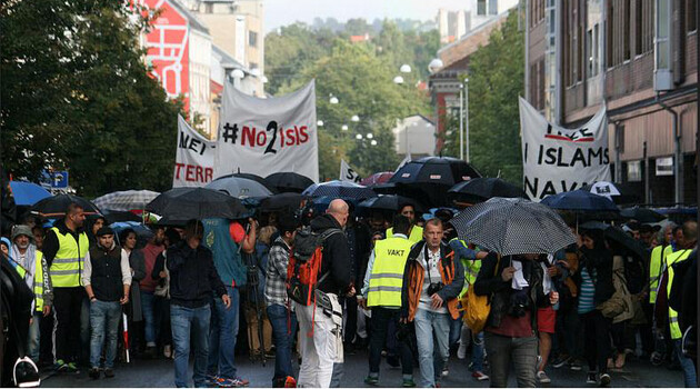 A protest by young Muslims and representatives of other religious groups against the Islamist terrorist organization ISIS was held in Oslo, Norway on 25 August 2014. (Photo:   GGAADD.flickr.com)