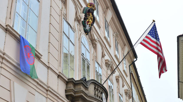 The Embassy of the United States of America hung the Romani flag on its building in Prague on 8 April 2016 to mark the occasion of International Romani Day. (PHOTO:  Petr Zewlakk Vrabec)