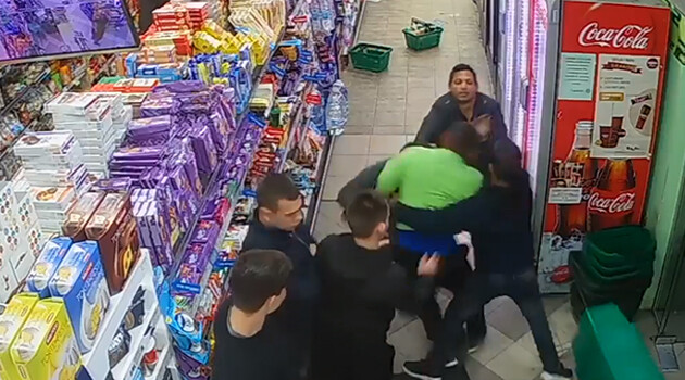 The altercation on 7 April 2019 in a shop in the Bulgarian town of Garbovo. (PHOTO:  Facebook.com)
