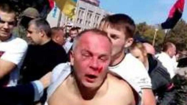 Neo-Nazis from the Right Sector attacked Ukrainian MP Nestor Shufrych (Party of the Regions) on 30 September 2014. (PHOTO:  Twitter)