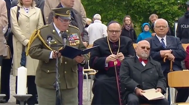 Jaroslav Vodička, chair of the Czech Freedom Fighters' Union (Český svaz bojovníků za svobodu - ČSBS), during the commemorative ceremony at Terezín on 15 May 2016. (PHOTO:  Czech Television)