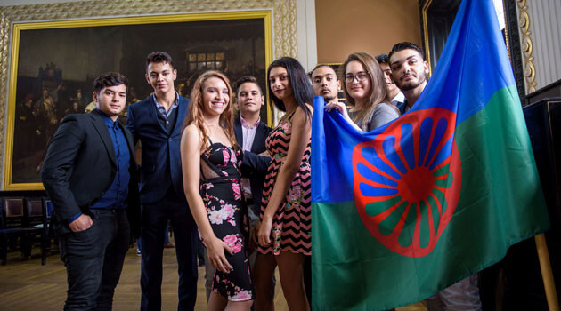 Romani scholarship recipients of the ROMEA organization in the Czech Republic. (PHOTO:   Petr Zewlakk Vrabec)