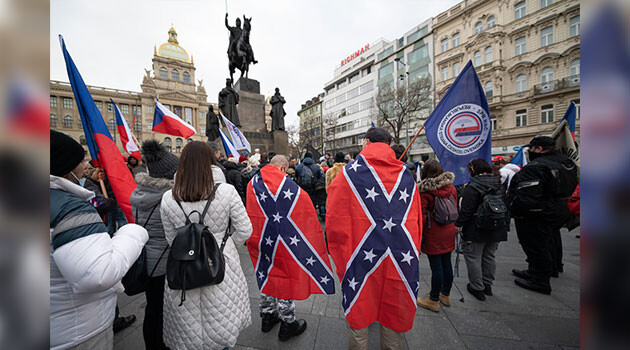 Several dozen people assembled on 8 January 2020 on Wenceslas Square in Prague for a protest march. Those attending wanted to express support for outgoing US President Donald Trump and to commemorate the recent death of former Slovak Police President Milan Lučanský. The demonstrators also demanded an end to the Czech Government's measures against the novel coronavirus. (PHOTO:  Petr Zewlakk Vrabec)